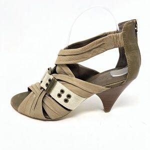 B Makowsky Heels SZ 7 Strappy Open Toe Leather